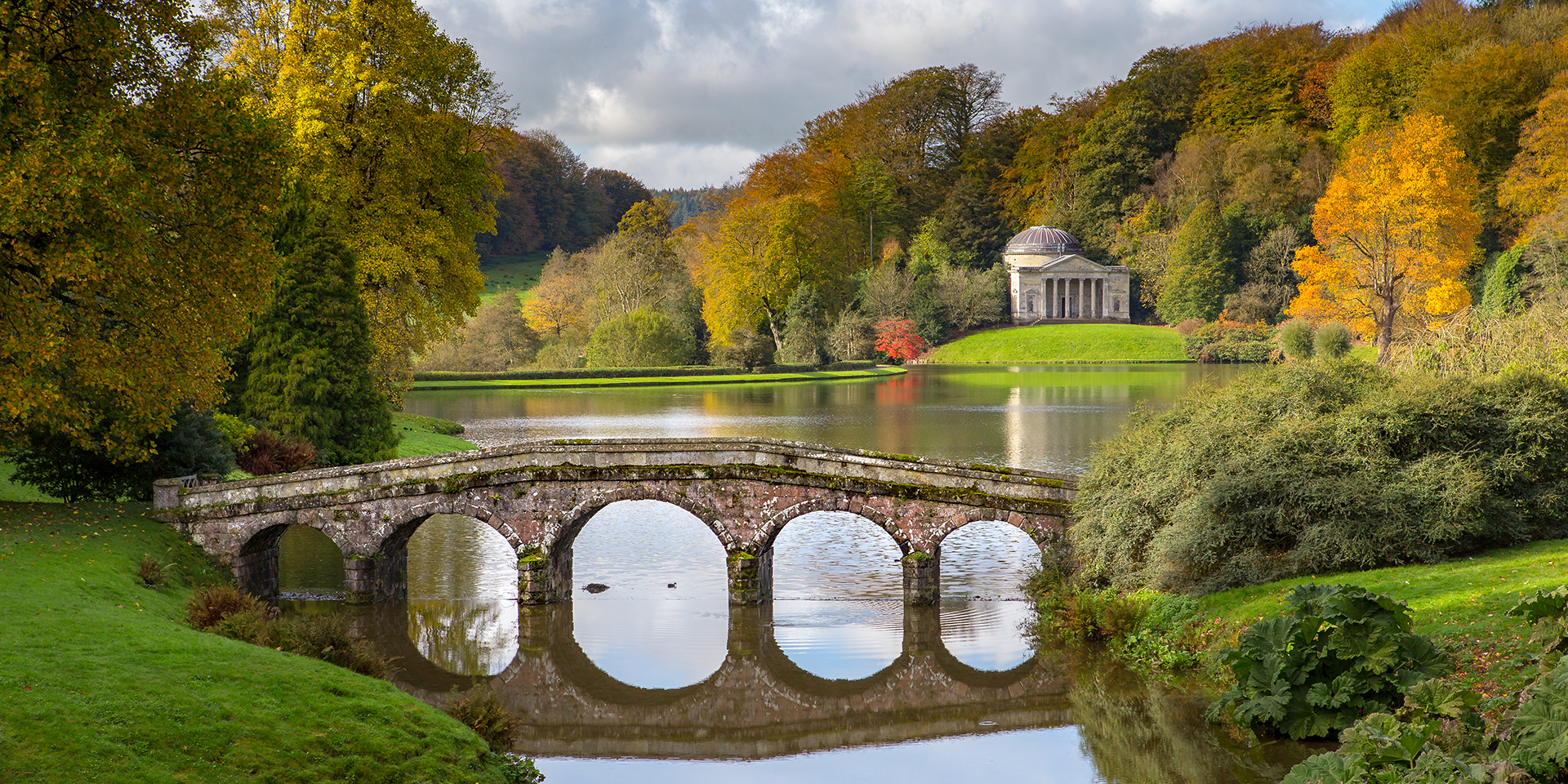 Stourhead-Palladian-Bridge